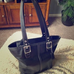 COACH Black Leather Hamptons Lunch Tote